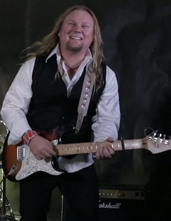 Jesse Wilde, Singer / Songwriter